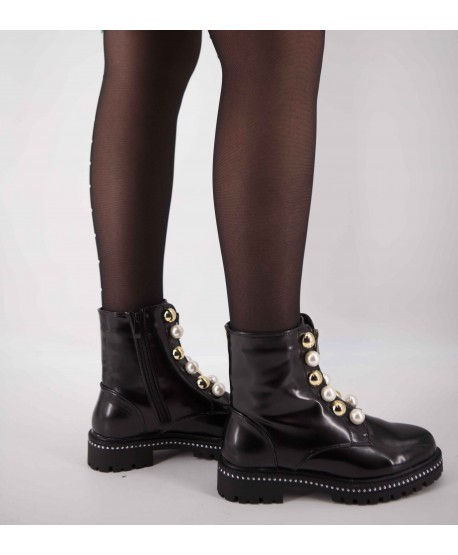 PEARL FLAT LEATHER BOOTS